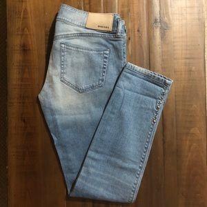 DIESEL 'Hushy 008XN' Light Denim Stretch Jeans